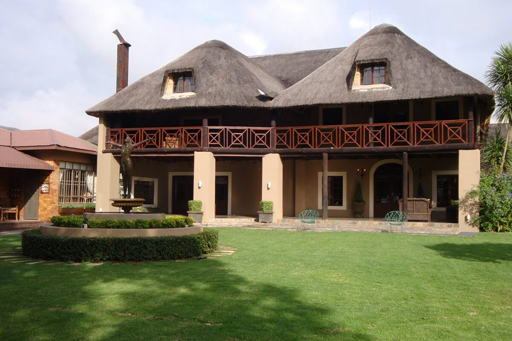 pvt hunting safaris south africa accommodation