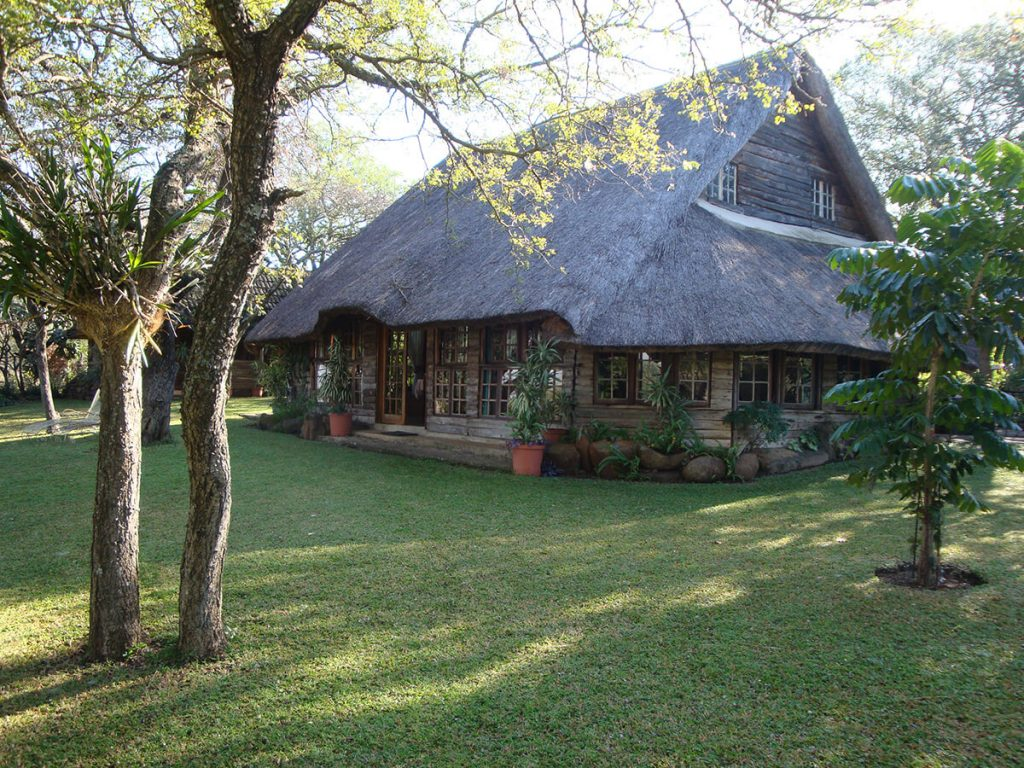 pvt safaris hunting lodge