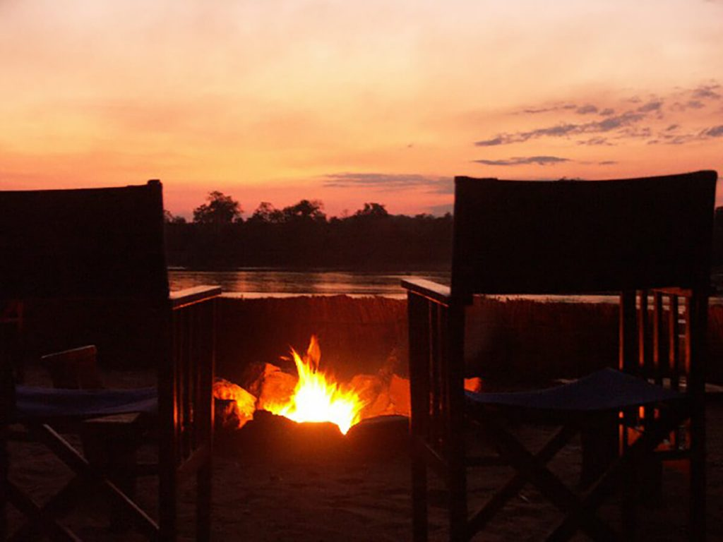 african sunset with pvt hunting safaris